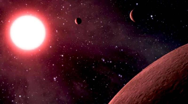 nana_rossa_pianeti